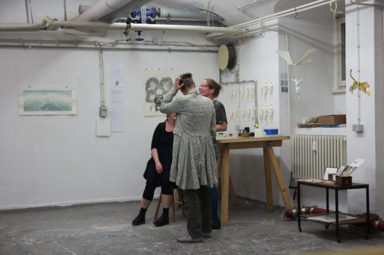 Besuch im Achtung Studio