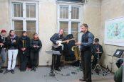 K E M K · Kammer Ensemble Misch Konsum · Finest Latin, Swing & Bossa – Achim Kleiner (Saxophon), Alexander Zerning (Guitar) & Norbert Grandl (Percussions)